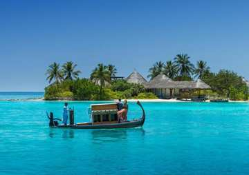 Отель Four Seasons Kuda Huraa