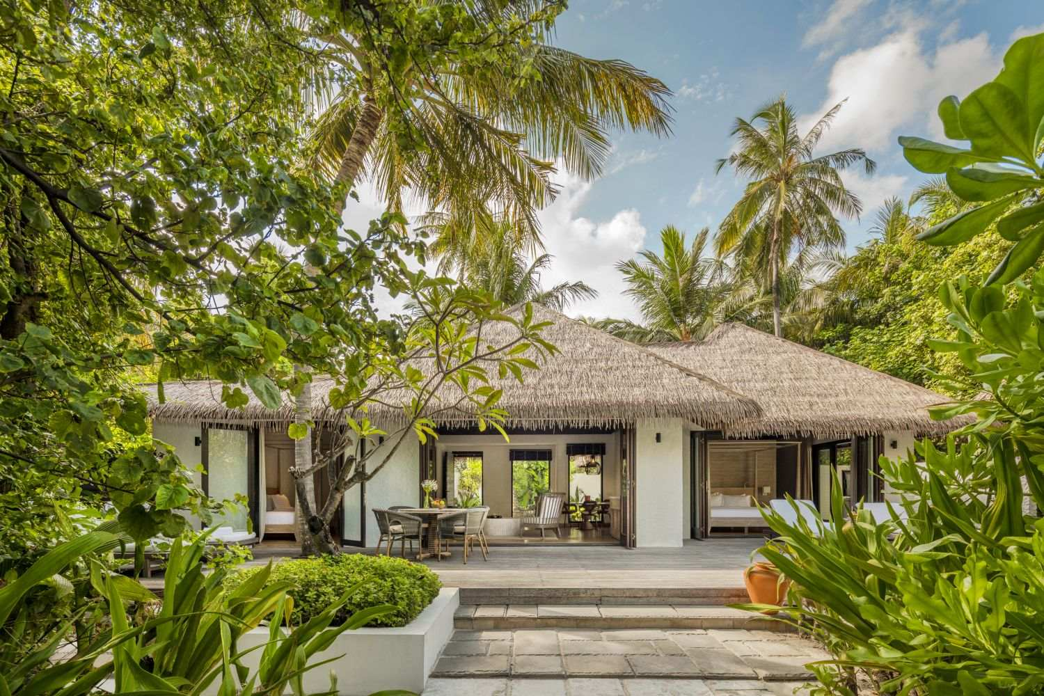 COMO Maalifushi 5* - Two Bedroom Beach Villa