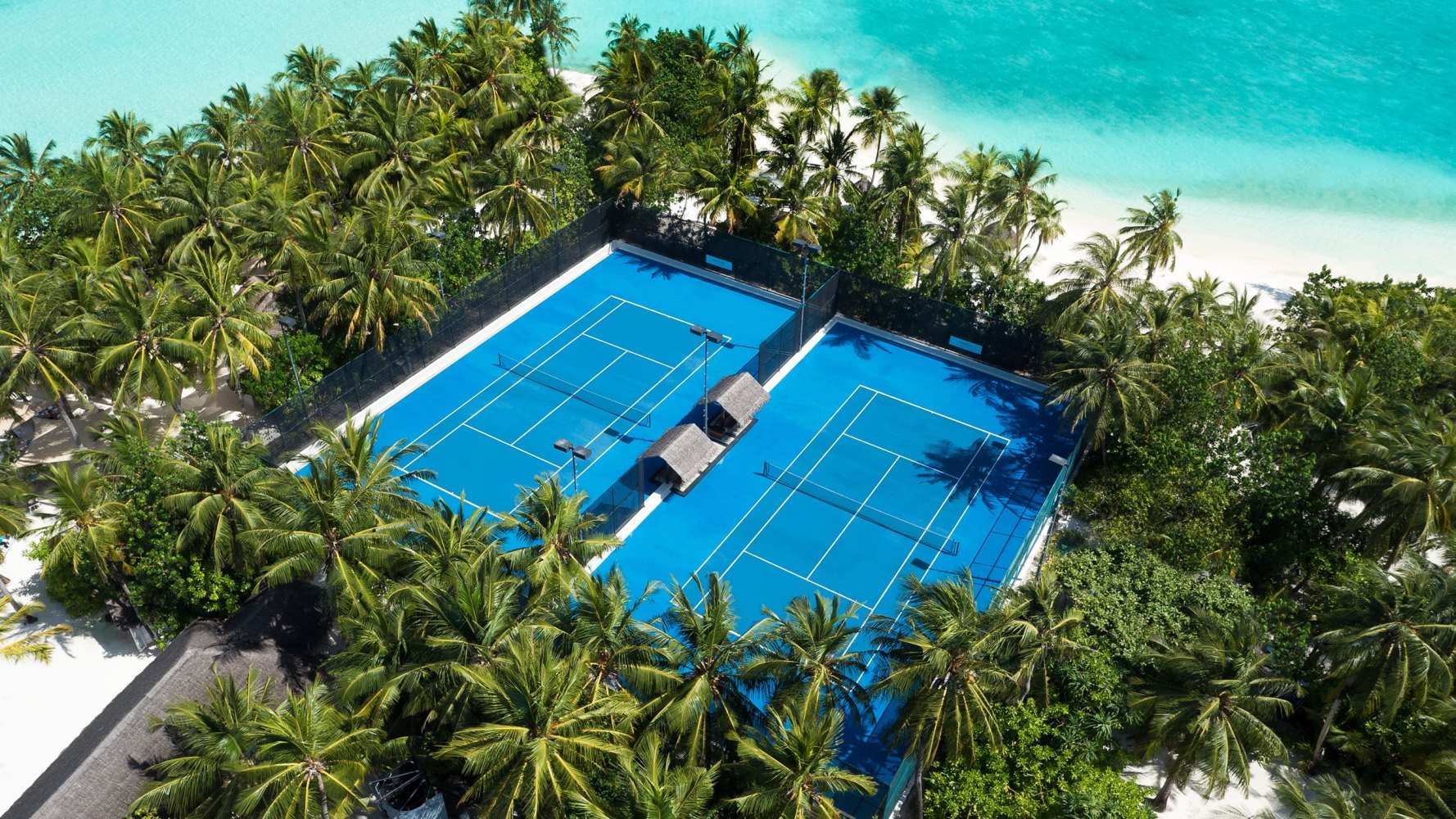 One & Only Reethi Rah 5*, теннисные корты