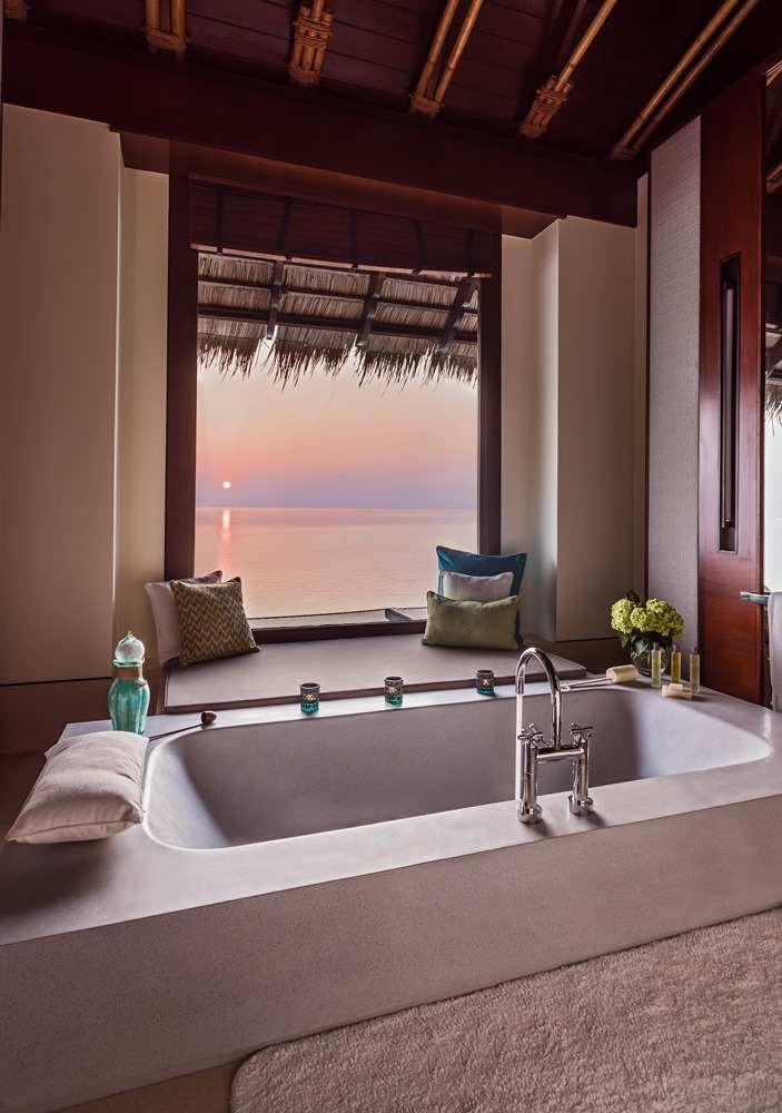 One & Only Reethi Rah 5*, Grand Water Villa with Pool