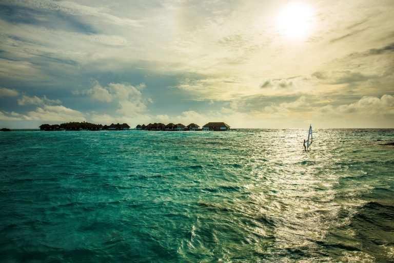 Какой океан омывает Мальдивы остров