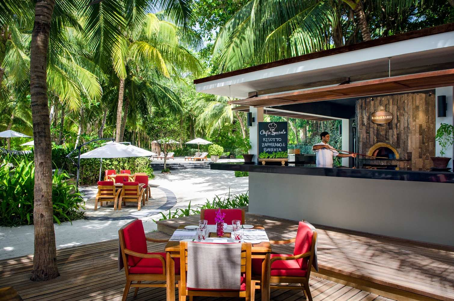 One & Only Reethi Rah 5*, Rabarbaro