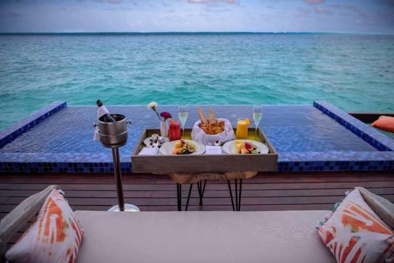 Можно ли провезти алкоголь на Мальдивы завтрак
