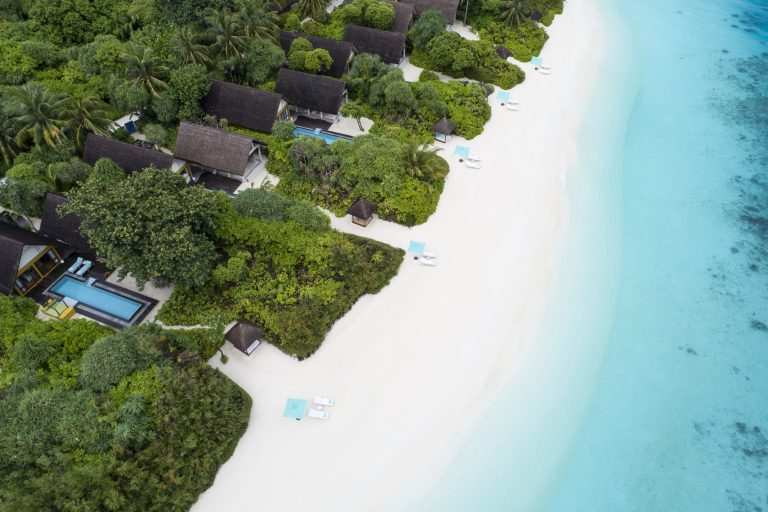 Мальдивы на какие острова лучше поехать Landaa Giraavaru пляж