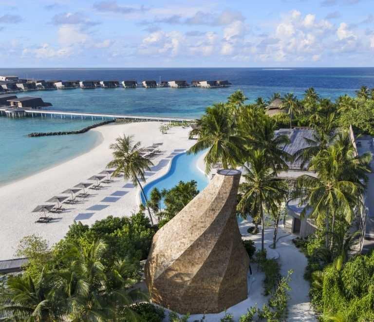 Сезон для отдыха по месяцам на Мальдивах пляж