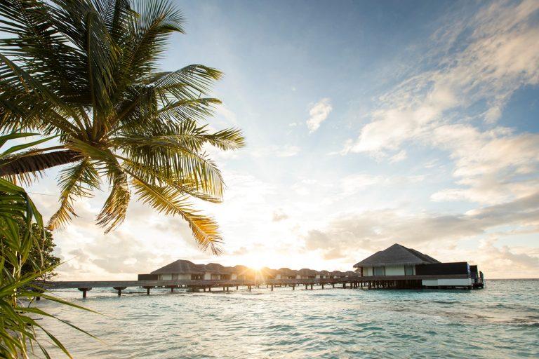 Мальдивах разница во времени с Москвой рассвет
