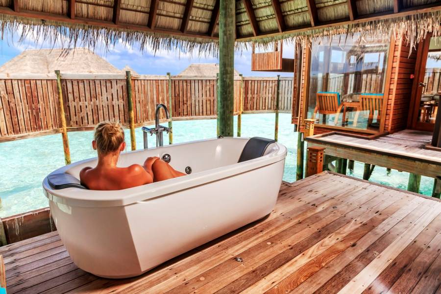 Гидро-ванна в The Spa Retreat Condrad Maldives Rangali Island