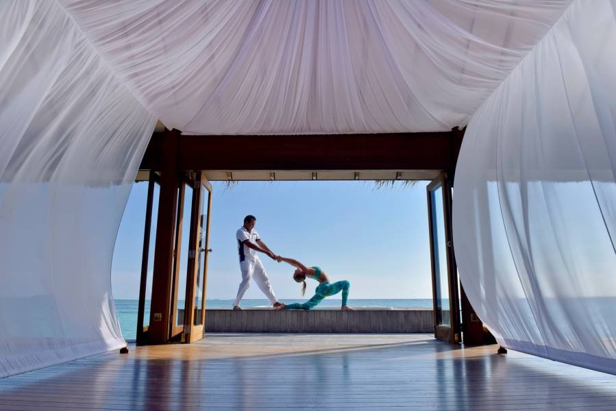 Йога в Over Water Spa Condrad Maldives Rangali Island